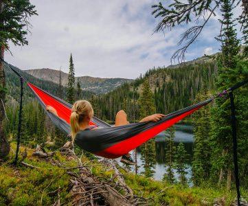 hamac avec moustiquaire camping randonnée trekking